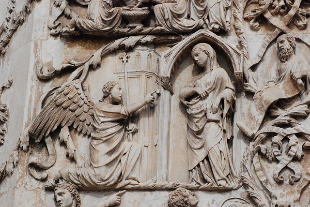 大天使ガブリエル受胎告知
